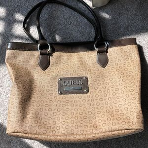 Guess shoulder bag/tote!